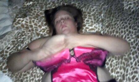 Gái phim sec gai cuc dep búp bê, trên chiếc ghế