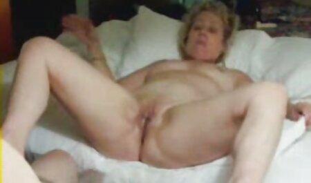 Trẻ, cô gái tóc phim sec gai cuc dep vàng trên giường