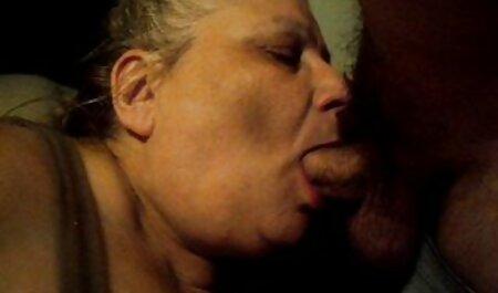 Sexy Carmen sec gai dep thổi kèn và làm tình ở trong xe