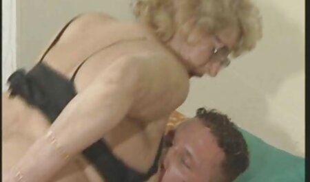 Mỏng vớ trắng ép của người sec girl xinh bạn trong những âm đạo sau nối
