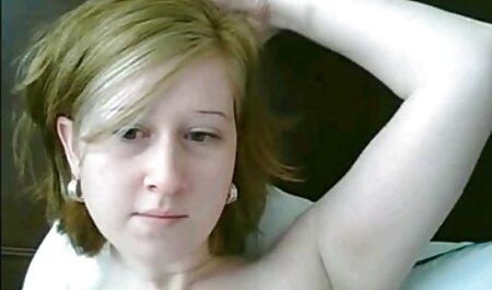 Giày gai han sec đen cô gái cho một thổi kèn cho bạn bè, sau khi tình dục