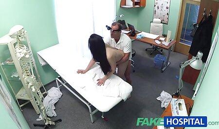 Nga, người mẫu chỉnh âm đạo phim sec gai to của cô và nụ cười.