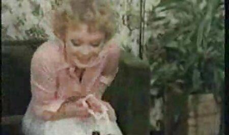 Một tên đấm bóp dò dẫm các khách hàng lớn phim sec girl xinh cho tinh ranh của mình